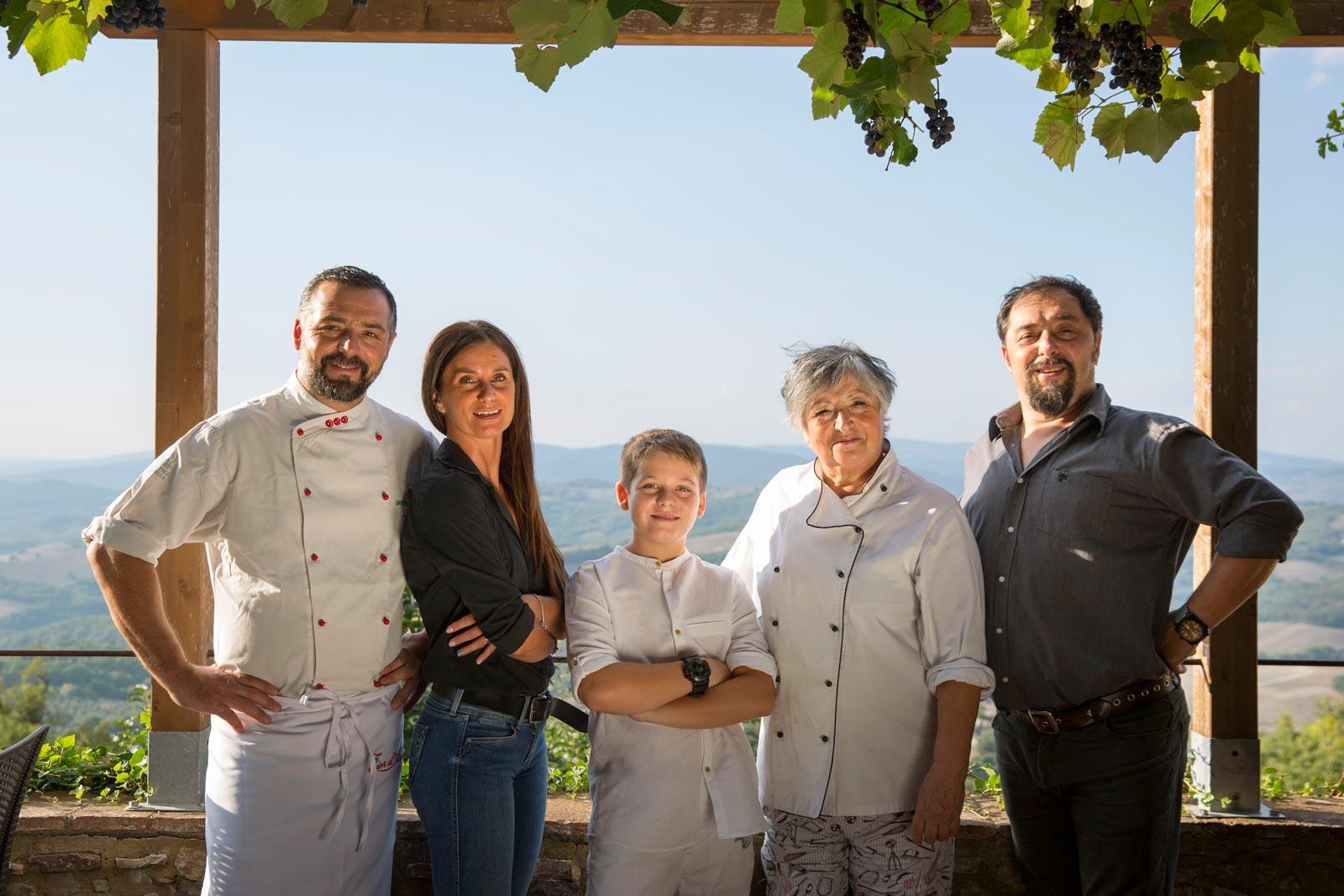 Team La Pergola di Radicondoli ristorante pizzeria